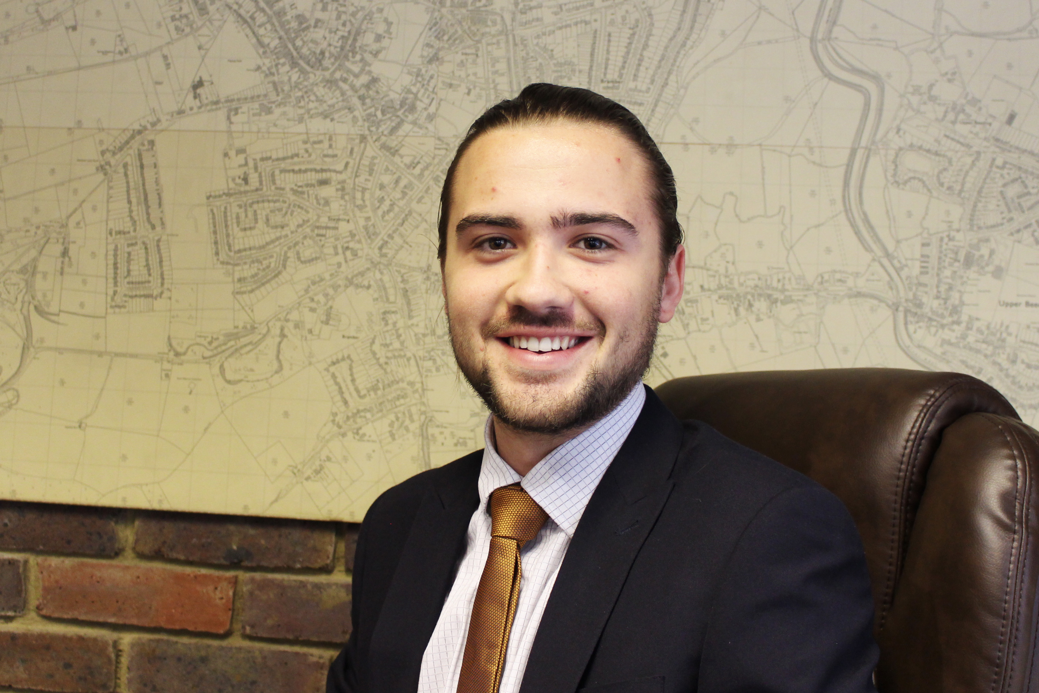 Oliver Wood : Property Sales Consultant
