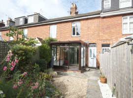 3 Bed Mid Terrace