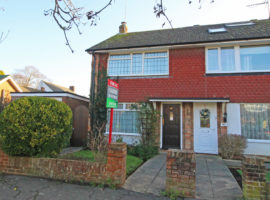 3 Bed End of Terrace House
