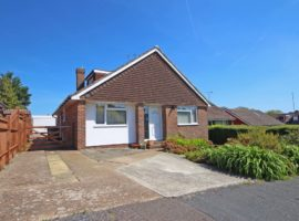 4 Bed Detached Chalet Bungalow